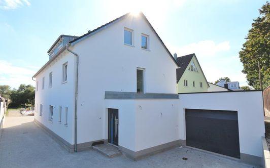 TOP moderne DHH in Ingolstadt/Mailing - Ausbauhaus
